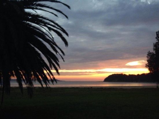 The Seahorse Inn: Sunrise