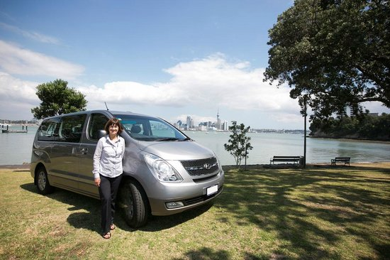 Gala Local Tours: Explore Auckland on a small, private group tour with a friendly local.