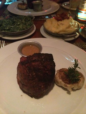 Boa Steakhouse: Middle fillet with pepper sauce