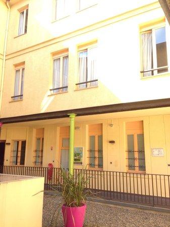 Ibis Styles Toulouse Centre Gare: Jardim interno do íbis styles