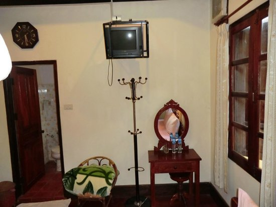 Thida Guesthouse: TV