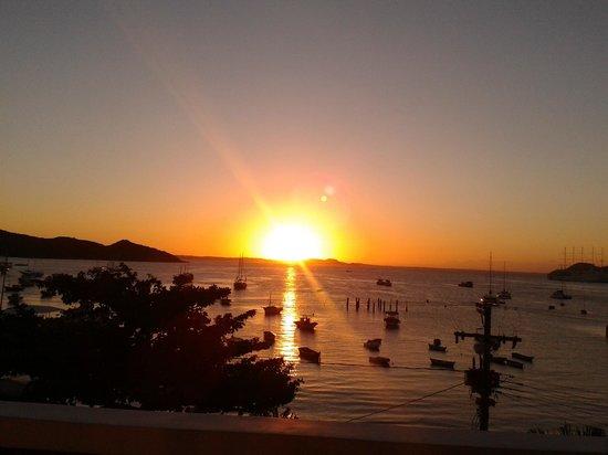 Mata Hari Apartamentos : otra puesta de sol