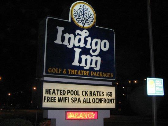 Indigo Inn: Hotel Sign