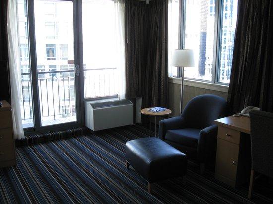 Blue Horizon Hotel: King room