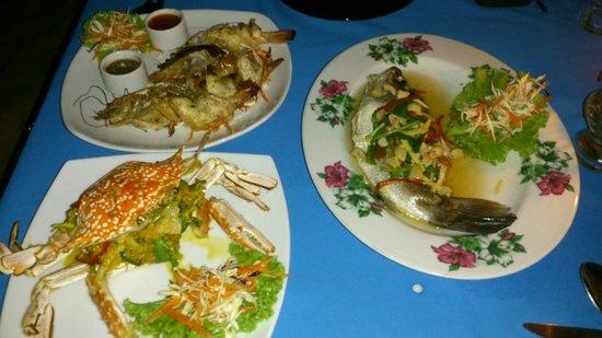 ZENZIBAR Beach Bar & Restaurant: Seafoooooood :)
