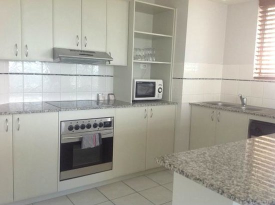 Wharf Boutique Apartments: Two Bedroom Kitchen