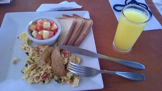 Pelicano Inn: Café-da-manhã