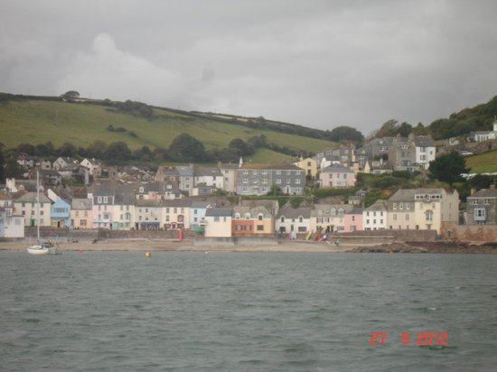 Cawsand small Cornish village to visit from Plymouth Hoe