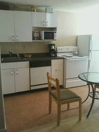 Thames Inn and Marina : Full kitchens in all rooms