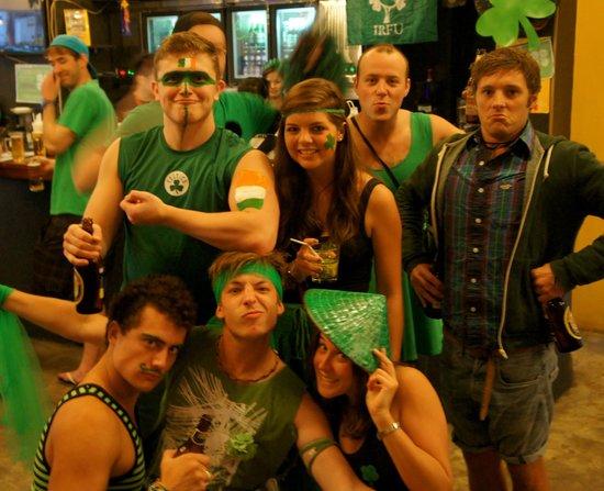 Vietnam Backpacker Hostels - Downtown: Bar - St paddies Day