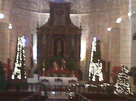 Cathédrale Notre-Dame de l'Incarnation : Retablo de la Catedral Primada de América