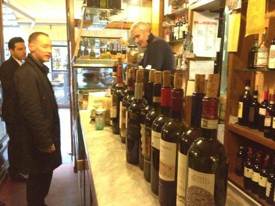 Fiaschetteria Nuvoli: Great, cheap wines