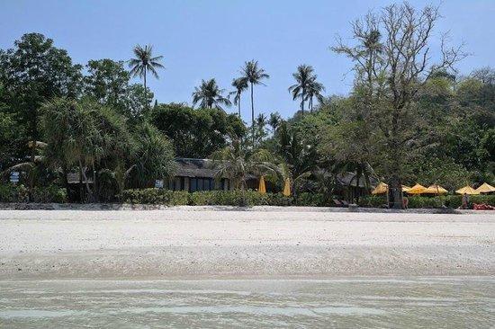 Zeavola Resort : Beachfront Villa 51