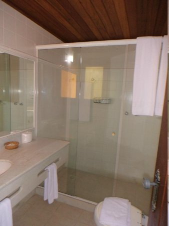 Hotel La Foret : baño