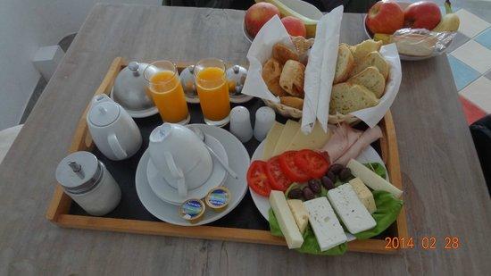 Ikastikies: café da manhã