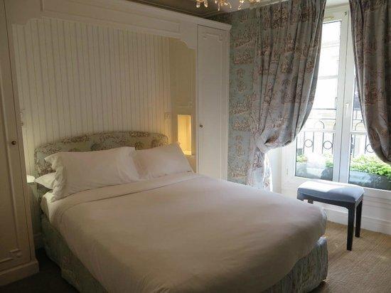 Classic Room at the Hotel Saint Germain, Paris