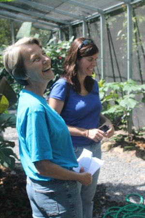 Butterfly Haven: We provide information in Spanish and English