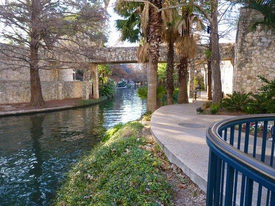 River Walk: Riverwalk
