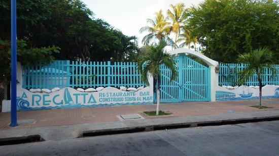 Decameron Aquarium : Entrée du Restaurant La Regatta