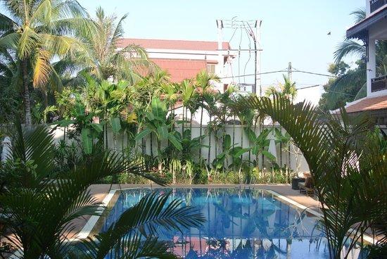 Saem Siemreap Hotel : The pool