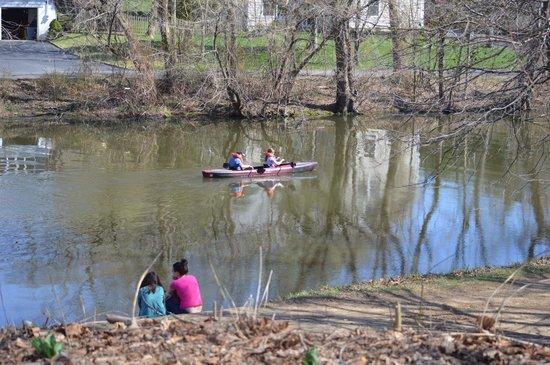 Delaware and Raritan Canal State Park: raritan canal