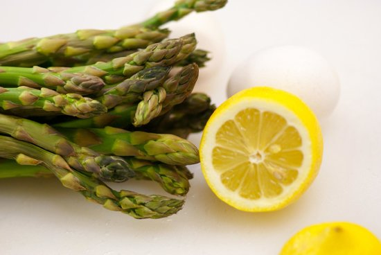 Bernerhof Inn Bed and Breakfast : The makings of our famous Asparagus Eggs Benedict