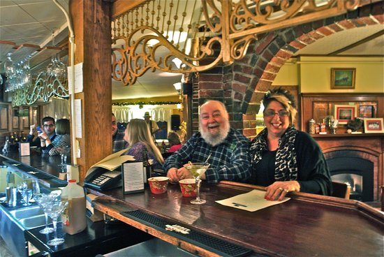 Bernerhof Inn Bed and Breakfast: Our Black Bear Pub & Martini Bar is just intimate enough to enjoy great company and beverages!