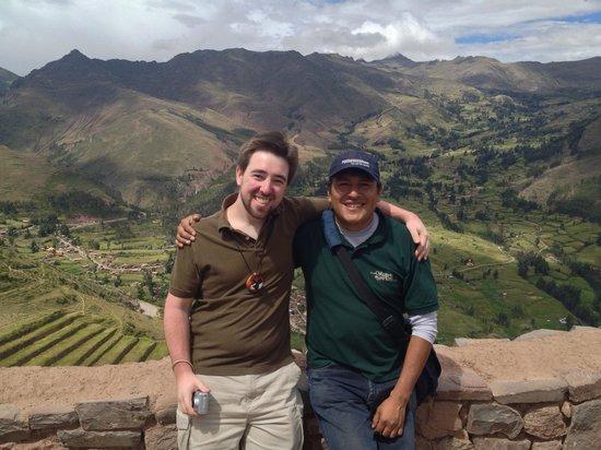 Valle Sagrado de los Incas: Me with our excellent tour guide at Pisac
