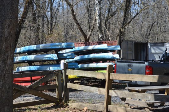 Delaware and Raritan Canal State Park: rent a canoe