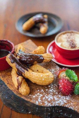 Seabean Tapas Bar Restaurant : Churros with chocolate ganache