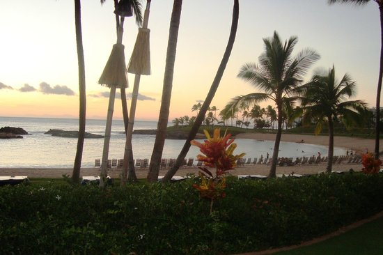 Marriott Ko Olina Beach Club : Another view from the pool area