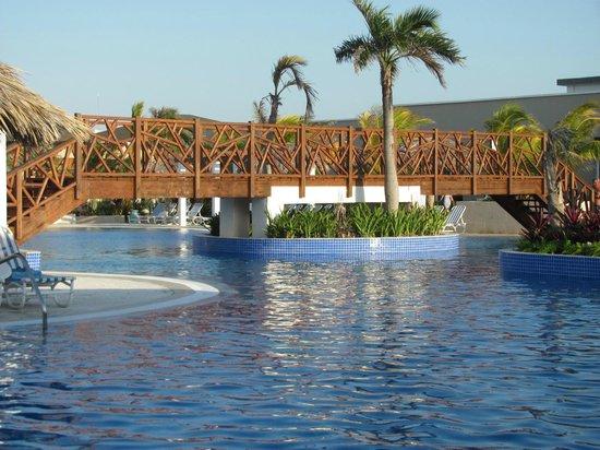 Hotel Cayo Santa Maria : Pont de bois