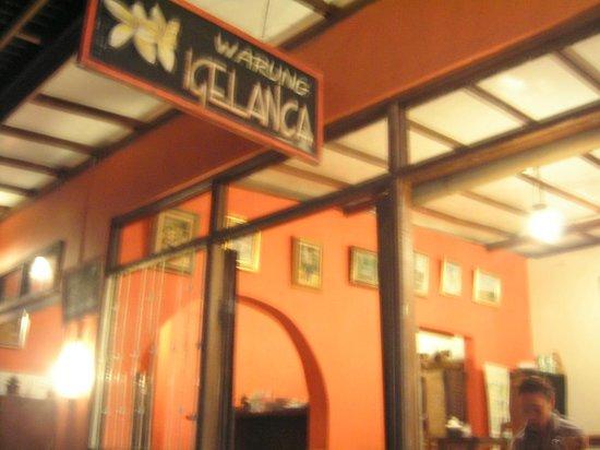 Warung Igelanca: 外観