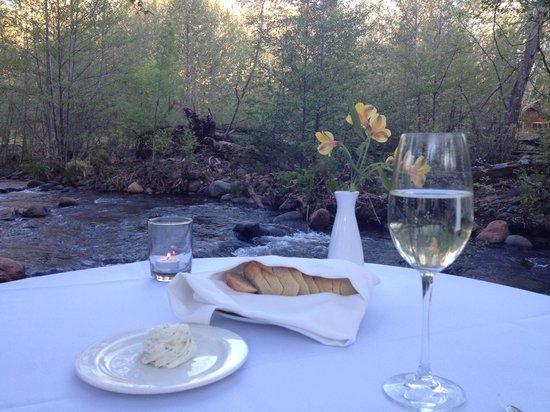 L'Auberge de Sedona : creekside dining