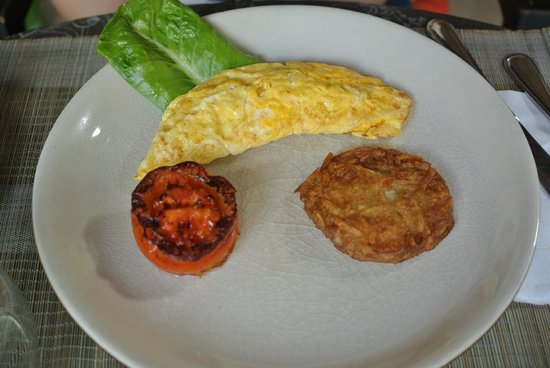 The Governors House Boutique Hotel Phnom Penh: More breakfast