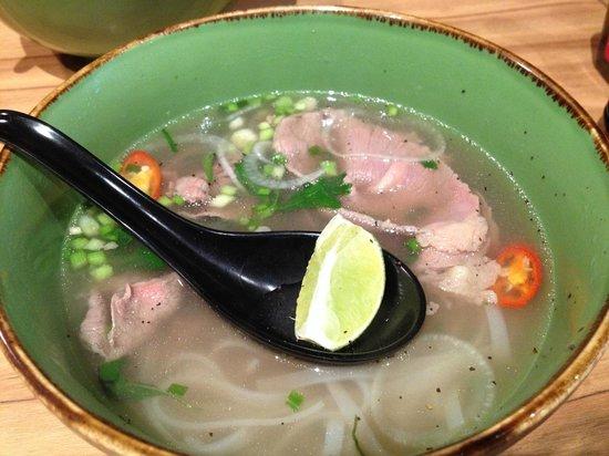Nam Nam Noodle Bar: Beef Steak slices Pho