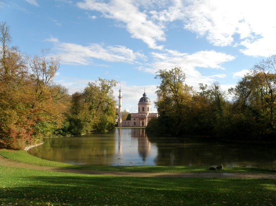 Schwetzingen Castle (Schloss): Very interesting place in the town...