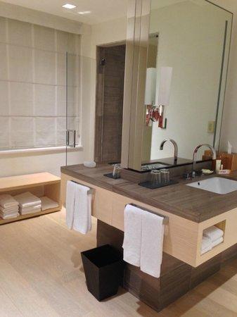 Grand Hyatt New York : Master Bath