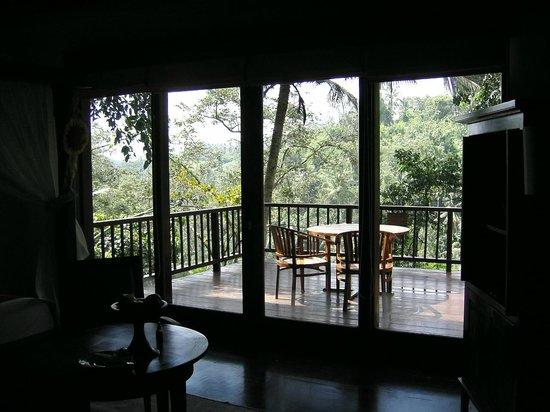 Natura Resort and Spa: 寝室からベランダを観る