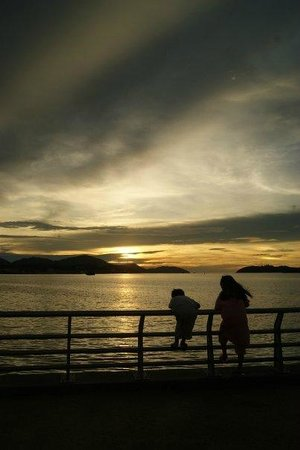 lumut water front-sunset
