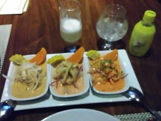 Lima 12 05 Peruvian Cuisine & Steak House: Trilogía de ceviches