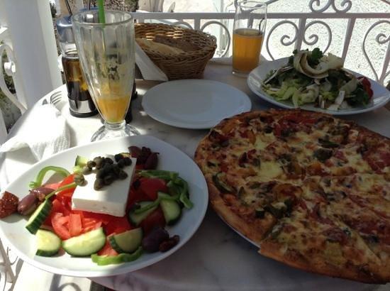 SKIZA Cafe: yum