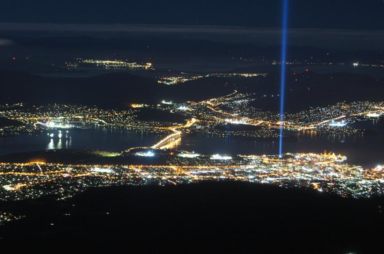 Mount Wellington: Hobart from the pinnacle at night.