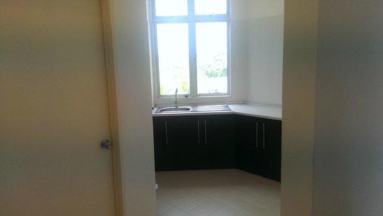 Seri Bayu Resort : Kitchen area