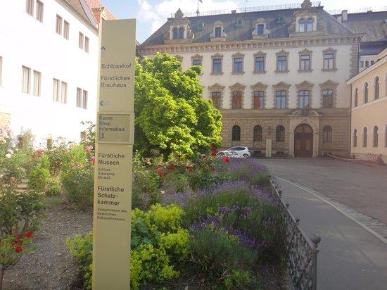 Schloss Thurn und Taxis: 城