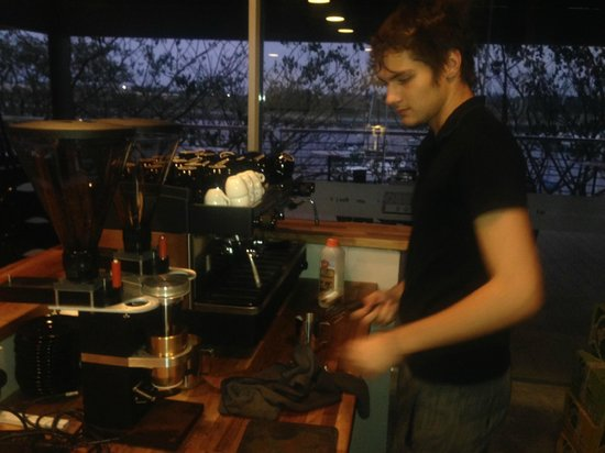 Espresso Garage: Great Barista !