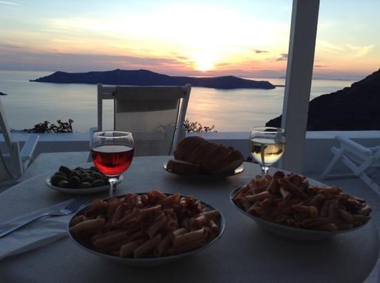 Dana Villas : cuando cocinamos, bella vista desde nuestra terraza