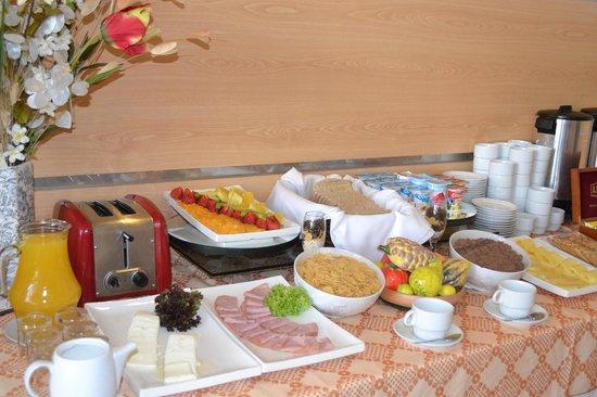 Nippon Hotel: Desayuno