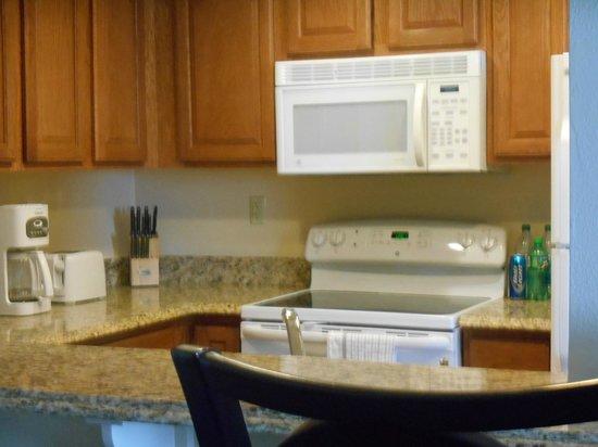 Wyndham Grand Desert : Full kitchen in our Suite