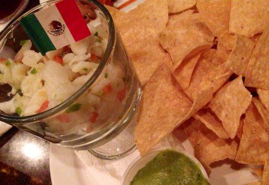 Just Tacos Mexican Grill & Cantina: 酸っぱ〜い‼︎ けど癖になる味、 お魚のマリネ。